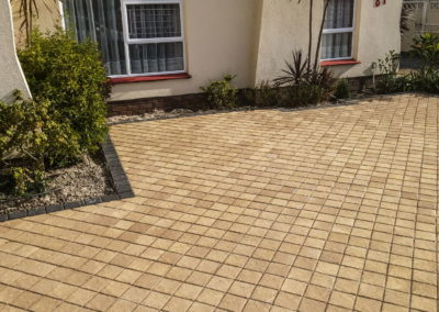 Entrance Paving - Vintage Cobble